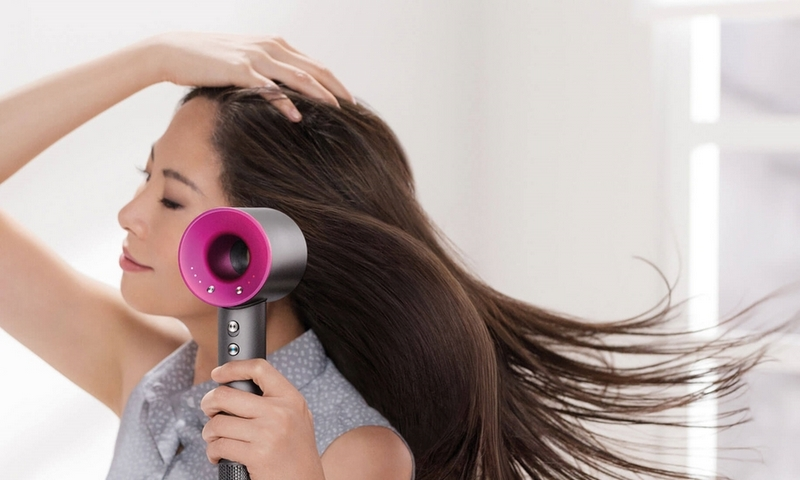 Style Report: The Hairdryer. De Dyson Fohn
