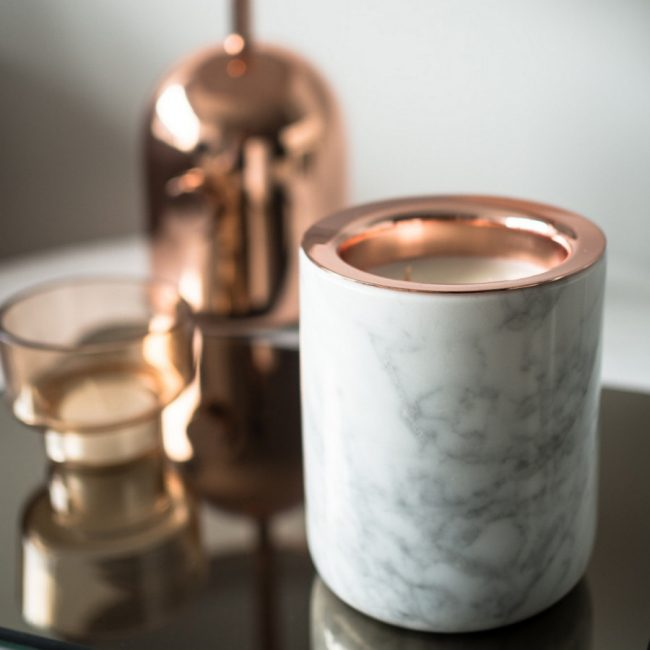 Style Report: Marble Candle from The Luxuriate