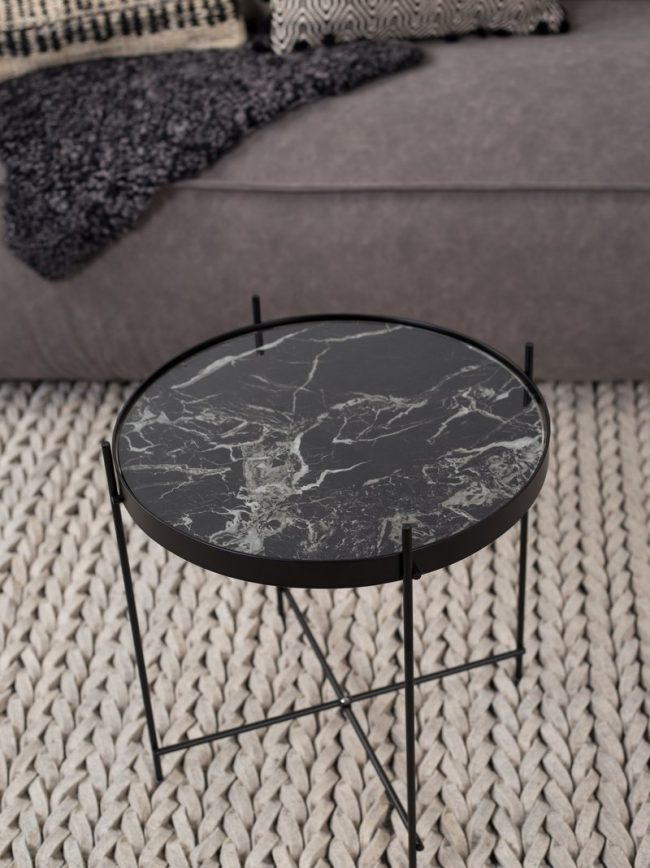 Style Report: Side Table Cupid Marble Black from Zuiver