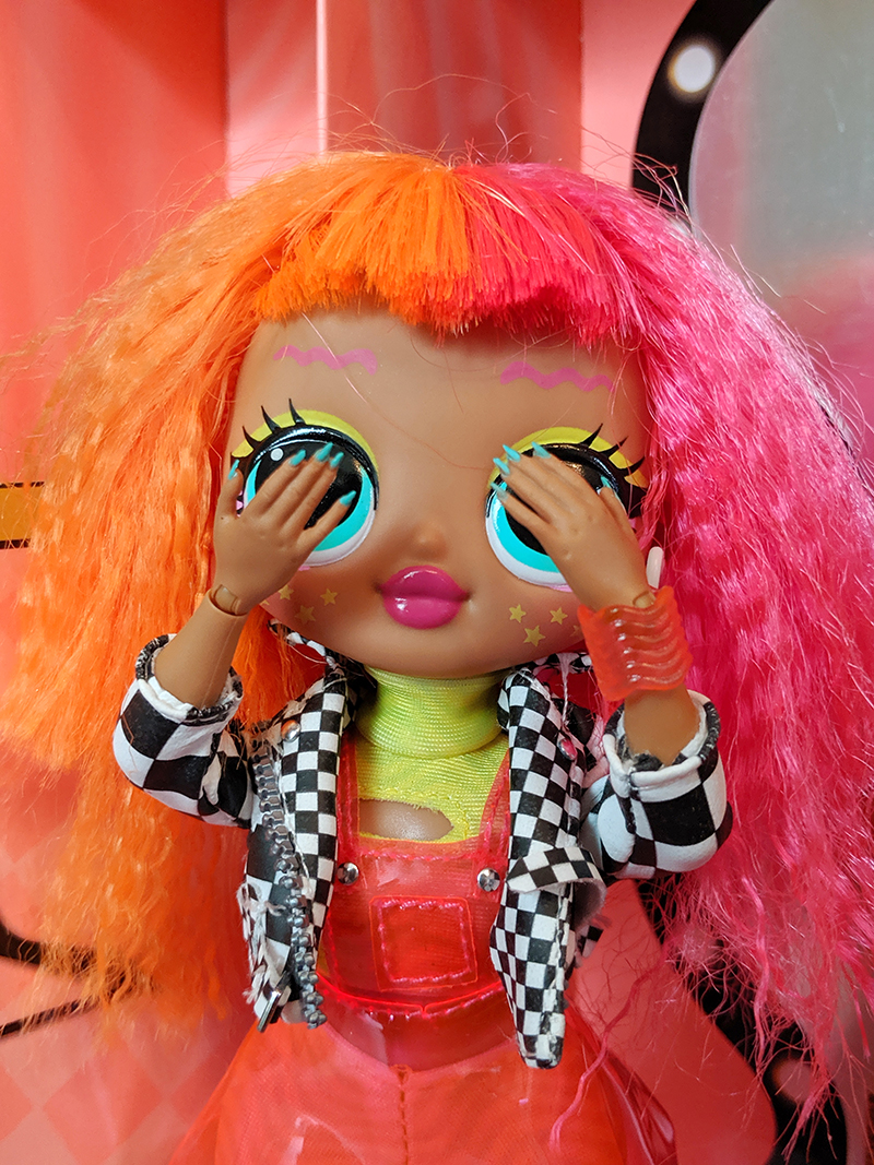 L.O.L. Surprise Fashion Doll - Style Report