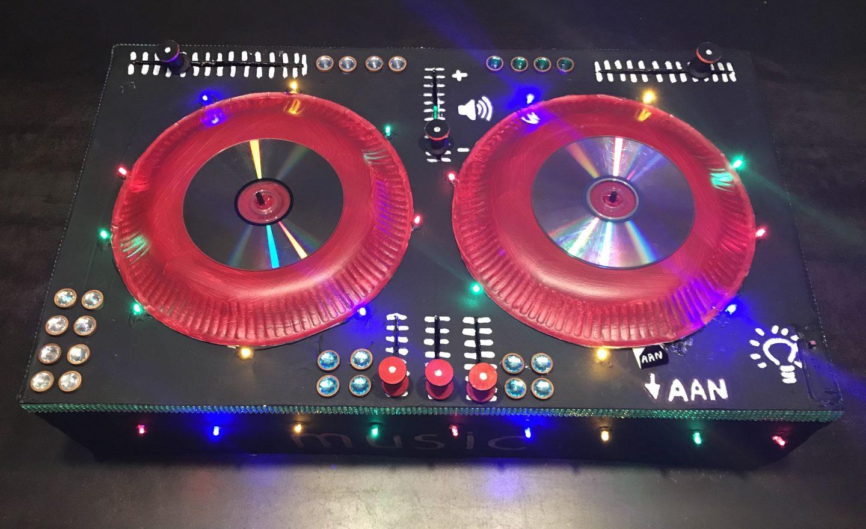 Sinterklaas Surprise DJ tafel